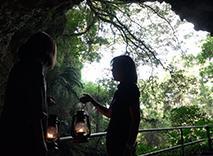 ガンガラーの谷 生命の神秘を辿る旅へ イナグ洞 2